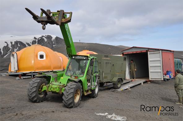 Operación logística en la Antártida . Ejército de Tierra Español